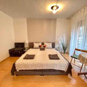 Studio apartment Beige