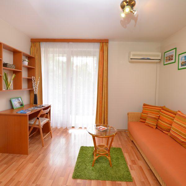 One bedroom apartment Orange