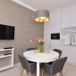 Amazing design flat in Dohány street with balcony